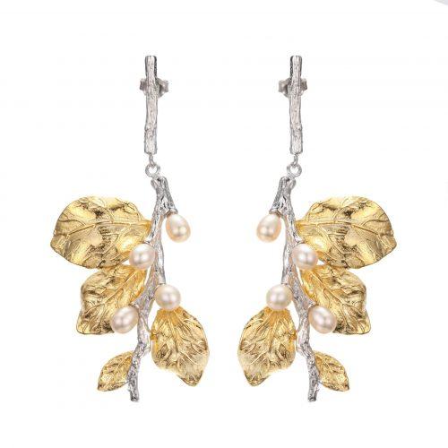 A.Brask - Hängeohrringe mit weißer Blume - Ohrring